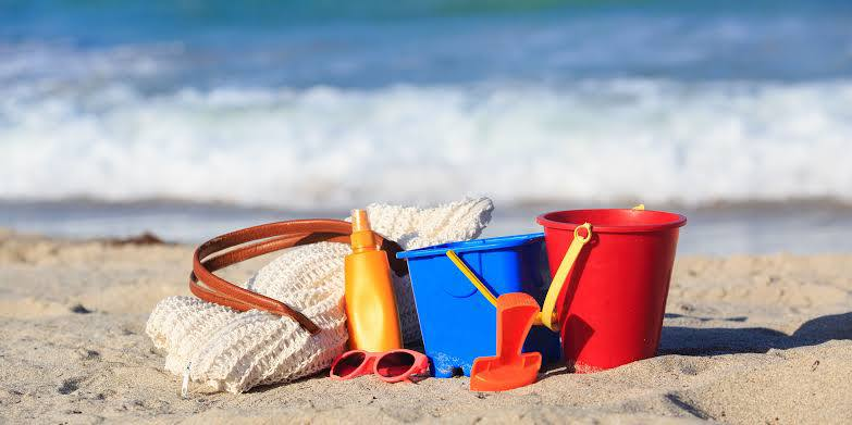 What should be in your beach bag | Summer essentials for a beach day