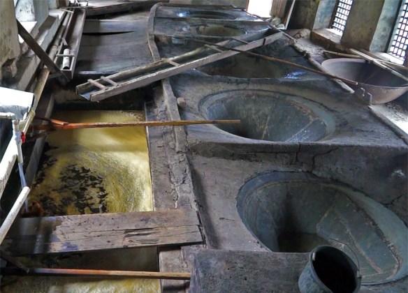 River Antoine Estate Grenada - gorzelnia rumu, kadzie