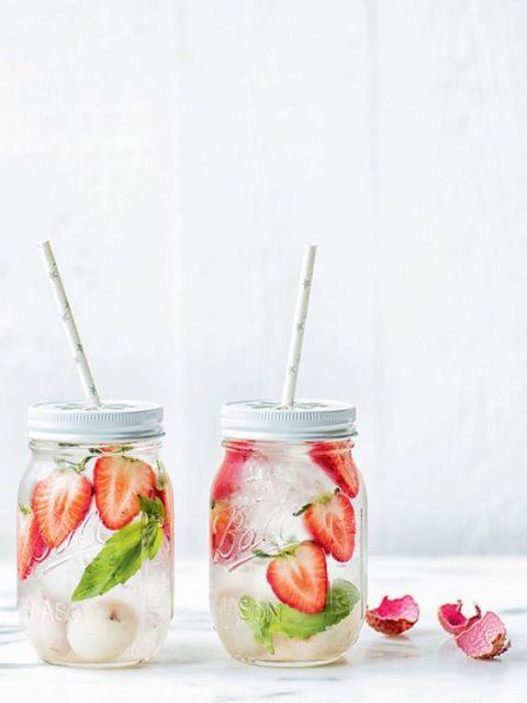 fraise - letchi - basilic