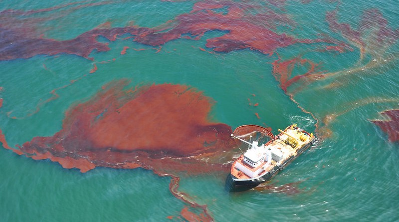 Funds given to 18 Ports for Oil Spill Response Equipment: MoS Shipping Mandaviya