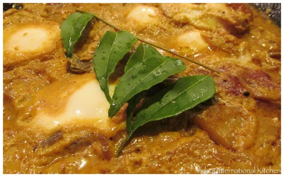 Eggs in curried coconut sauce