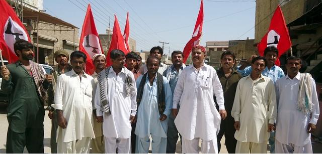 Badah; Jeay Sindh Qoami Tahreek Muzharo Pic badah 13-07-2014 (640x307)