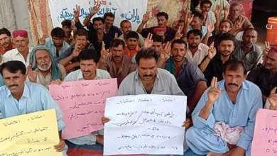 Photo of فريدآباد: پڇڙي جي آبادگارن کي پاڻي نه مليو، 3 ڏينھن کان احتجاج جاري