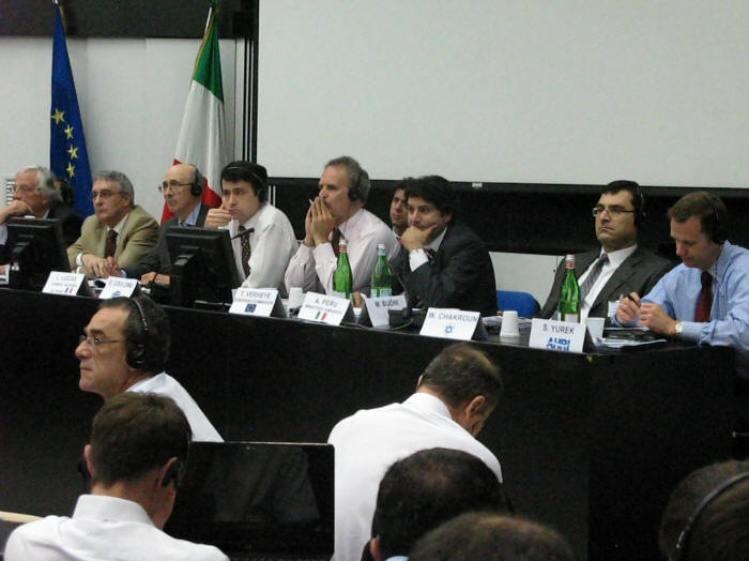 Stephen Yurek, CEO AHRI, primo a destra durante i lavori del Convegno Europeo organizzato da Centro Studi Galileo e Nazioni Unite presso il Politecnico di Milano