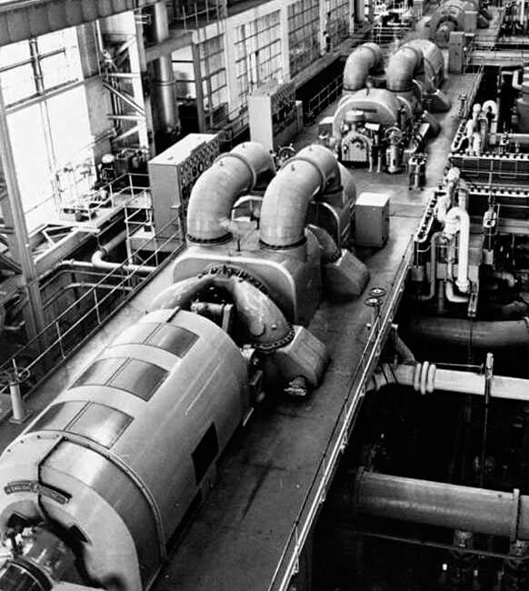 Hong Kong Electric North_Point_'B'_Power_Station-Turbine_Hall-1960s