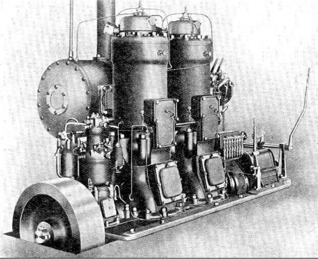 Bolonder, directly reversible 'M' type engine 4-cylinder 320bhp snipped from www.oldengine.org