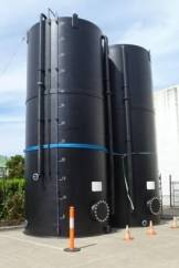 Large Tanks with Measure Gauges