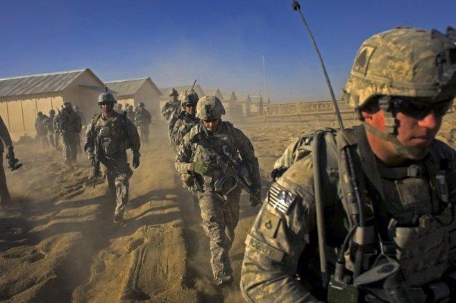 Pentágono aprueba el envío de tropas a la frontera por caravana migrante