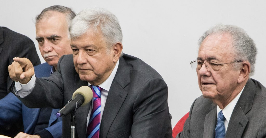 Francia se deslinda de estudio del Nuevo Aeropuerto que citó AMLO