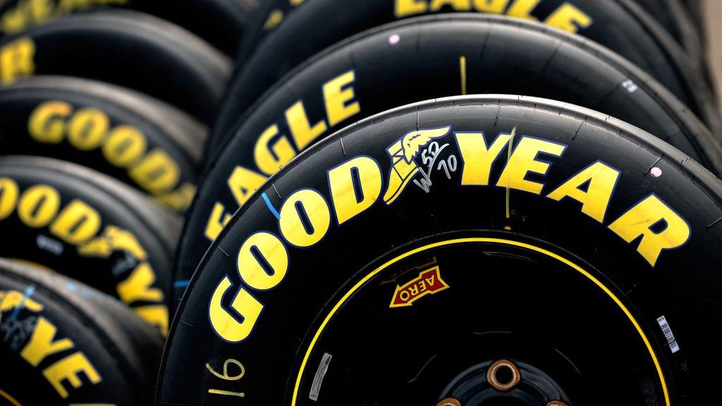 Goodyear anuncia su salida de Venezuela; dará 10 llantas como liquidación