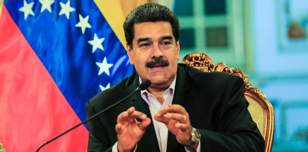 Maduro se ofrece a negociar con la oposición en Venezuela