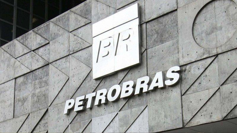 Jair Bolsonaro designa a general de la reserva para presidir Petrobras