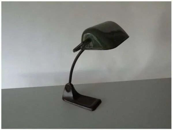 Notarislamp van BUR