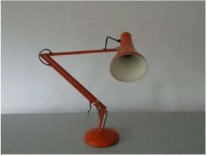 Oranje anglepoise