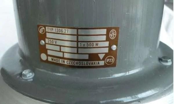 aluminium hanglamp uit Tsjechië detail 1