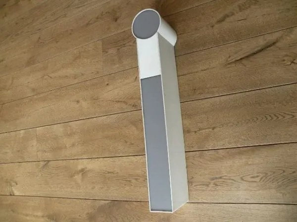 letterlamp wit met grijs i zijkant