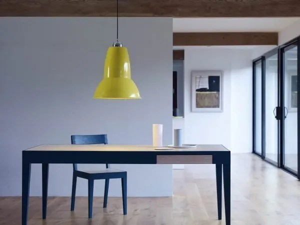 Original 1227 Gigant hanglamp - Citrus Yellow in situ