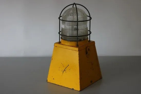 waarschuwingslamp knalgeel 1