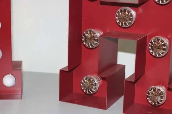 Plaatstalen letterlampen detail 2