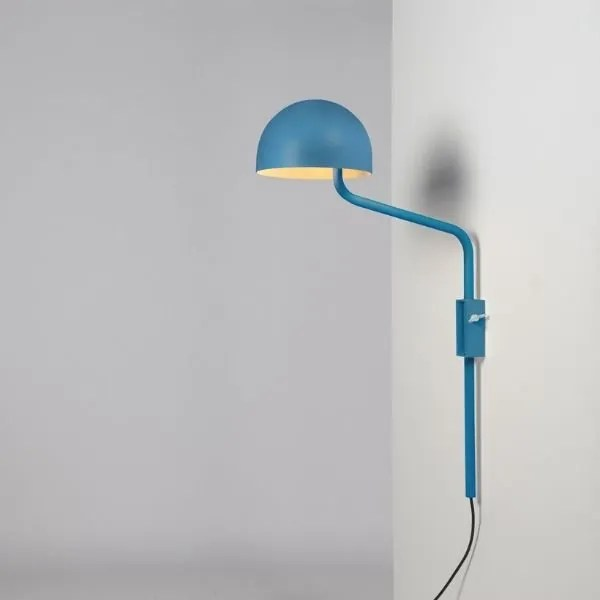 blauw-wit-officer-wandlamp-BINK-lampen-Re-Volt