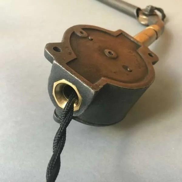 wandlamp-industrieel-1940-geemailleerd-vintage-lampe usine-gerestaureerd-BINK-leiden-07