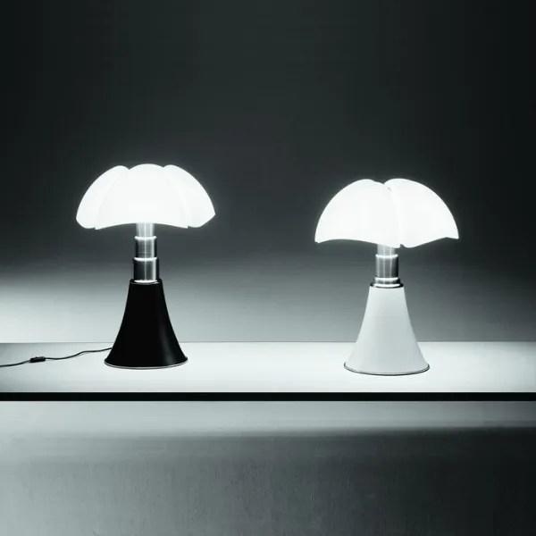 620-vleermuis-gae-aulenti-martinelli-luce-01