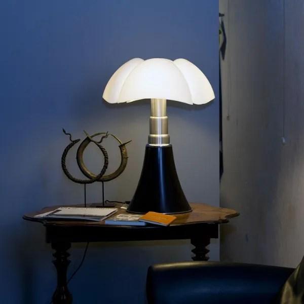 620-vleermuis-gae-aulenti-martinelli-luce-03