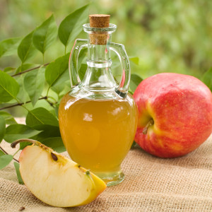 Apple cider vinegar, natural remedy