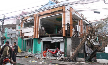International Efforts For Typhoon Haiyan Struggle to Meet Need