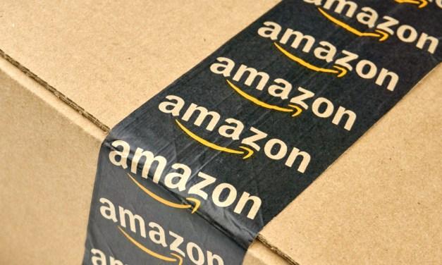 How Amazon is Revolutionizing the Online Clothing Market