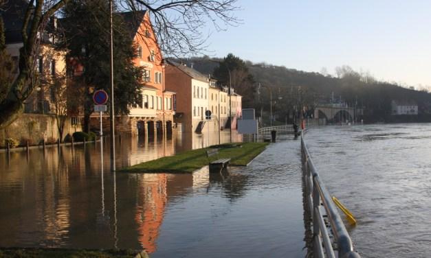 Heavy Rains in Europe Floods Villages, Kills Hundreds