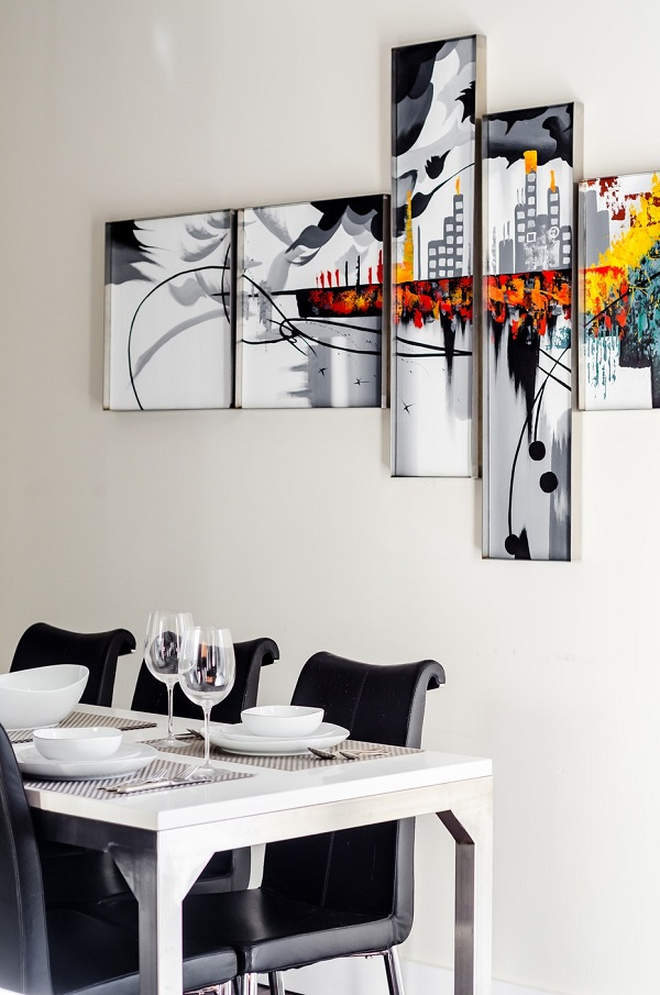 20 Creative Dining Room Wall Decor Ideas You'll Want to ... on Room Wall Decor id=57972