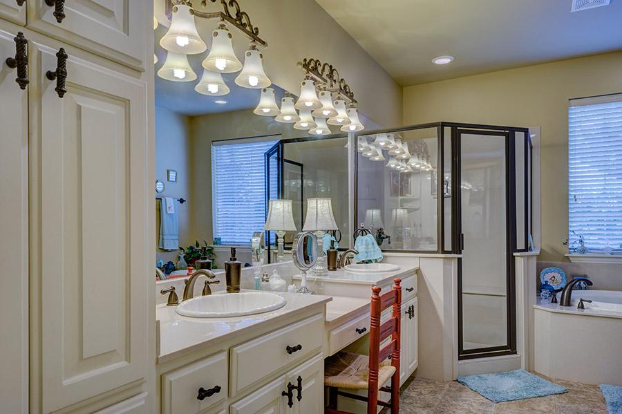 20 beautiful bathroom lighting ideas