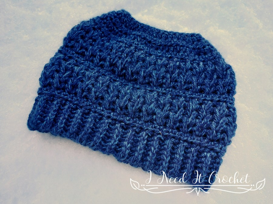 Falling Feathers Toque - Free Crochet Hat Pattern