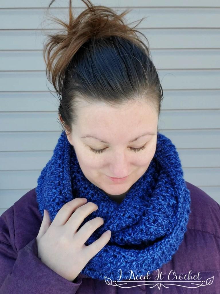 Falling Feathers Cowl - Free Crochet Pattern