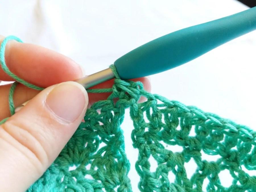 Aerwyna Blouse - Free Crochet Pattern