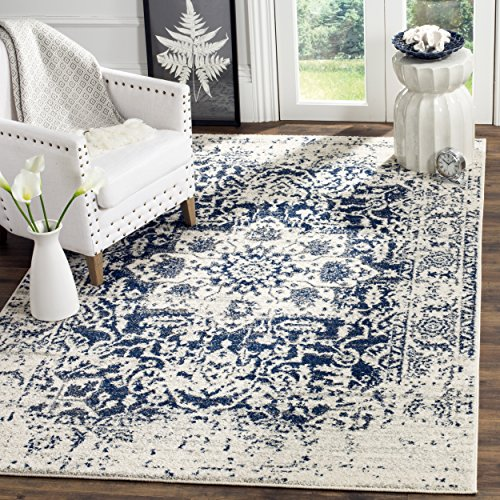 Safavieh Madison Collection Cream and Navy Area Rug (3' x 5')