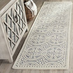 """Safavieh Cambridge Collection Handcrafted Moroccan Geometric Silver and Ivory Premium Wool Runner (2'6"""" x 10')"""