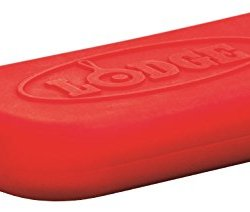 Lodge Prologic Silicone Assist Hot Handle Holder, Red