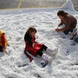 SnoWonder Instant Snow Artificial Snow - Mix Makes