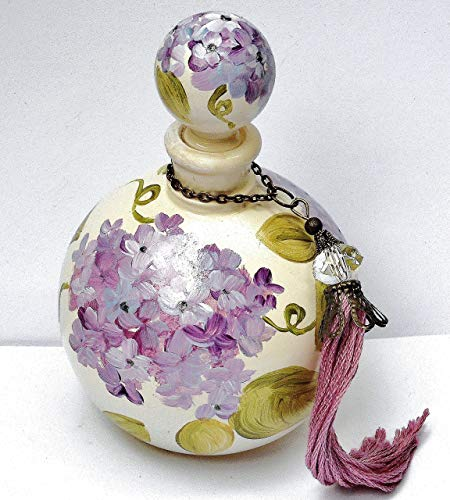 Painted Lavender Hydrangea Vintage Style Round Glass