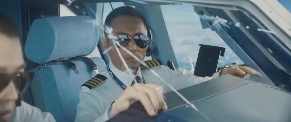 《中國機長》高度還原川航8633備降!真實事件到底是怎樣的_騰訊新聞