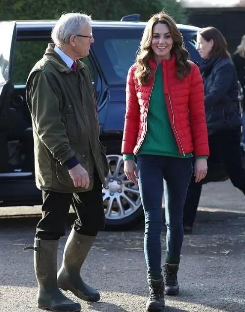 凱特王妃一年買衣服只花了90萬,英國民眾:我們的王妃好節儉啊_騰訊新聞