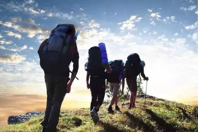 走路是世界上最好健康減肥運動!注意走路姿勢!