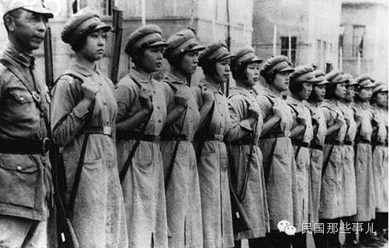 那些抗戰中的女人們