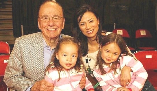 中國美女二婚嫁全球首富,再離婚後傳與兩政府首腦好