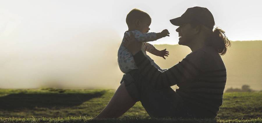 Стартиращата фирма Bavachki.bg променя начина, по който семействата намират кой да се грижи за децата им
