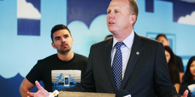 With people and PACs, Faulconer dominates San Diego mayoral fundraising