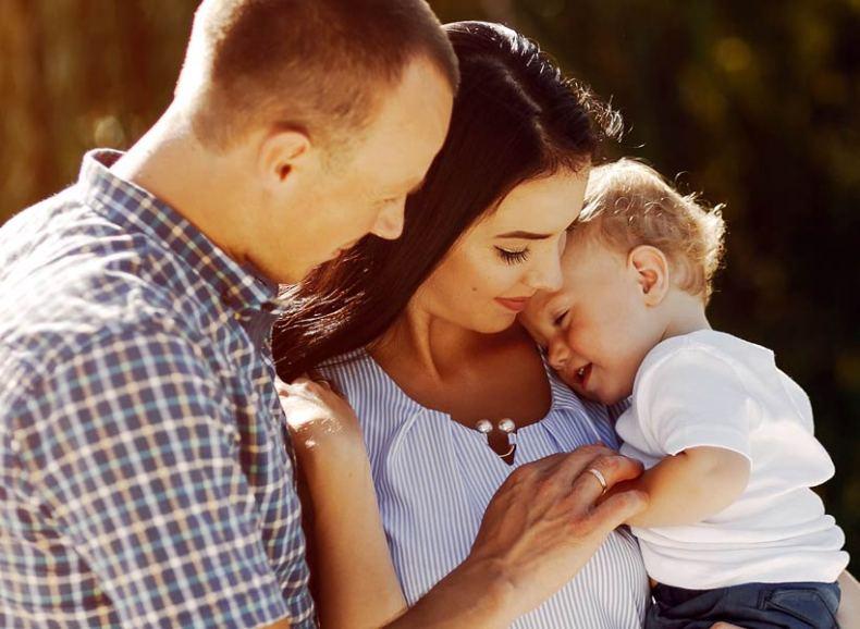 Foto familia adopción