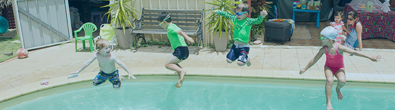 Infant_Aquatics_Survival_Swimming_lessons_Perth_jump